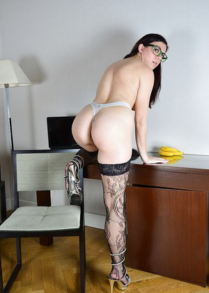 Glasses And Pussy
